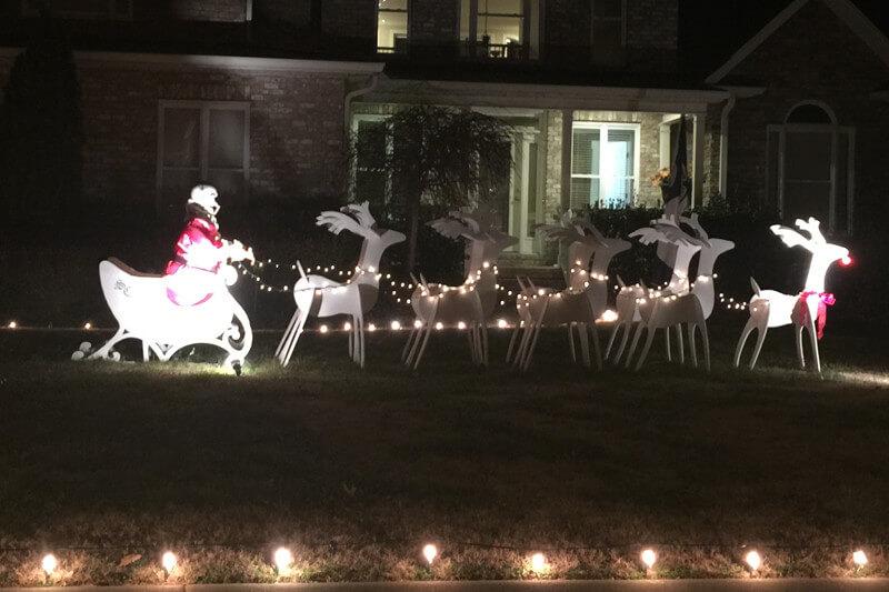 Brentwood Santa with reindeer