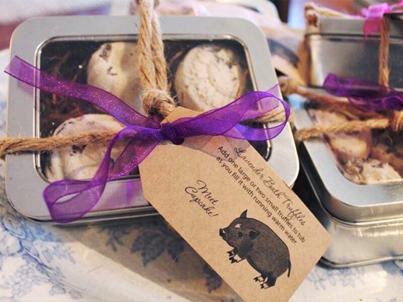 Bath truffles from 1818 Farms | styleblueprint.com